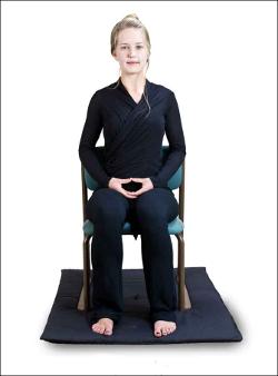 krzesło medytacja na krześle